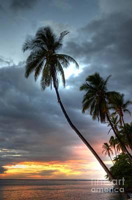 Lahaina Sunset Print by Kelly Wade