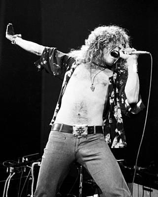 Led Zeppelin Photograph - Led Zeppelin Robert Plant 1975 by Chris Walter