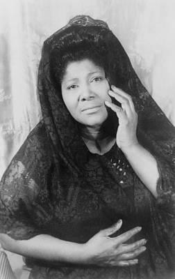 Mahalia Jackson Photograph - Mahalia Jackson 1911-1972, African by Everett