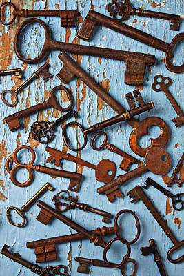 Old Skeleton Keys Print by Garry Gay