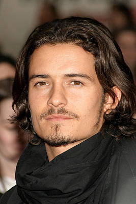 Orlando Bloom Photograph - Orlando Bloom At Arrivals For Kingdom by Everett
