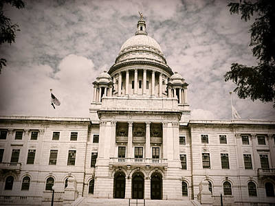Cityhall Photograph - Ri State House by Lourry Legarde