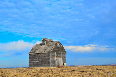 Nebraska Landscape Photograph - Solitude In The Country by Christine Belt