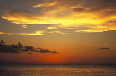 Sunset On Horizon Of Caribbean Sky Print by James Forte