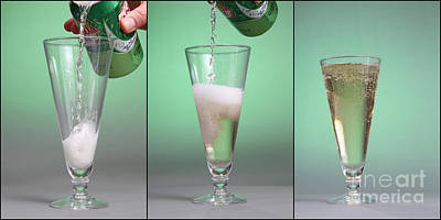 Soda Can Photograph - Carbonated Drink by Photo Researchers, Inc.