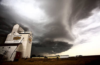 Nasty Looking Cumulonimbus Cloud Behind Grain Elevator Print by Mark Duffy