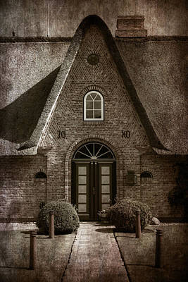 Old House Photograph - Thatch by Joana Kruse