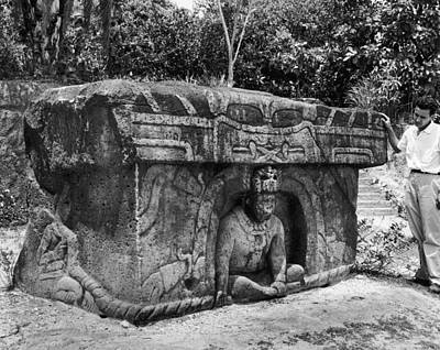 Mexico: Olmec Monument Print by Granger