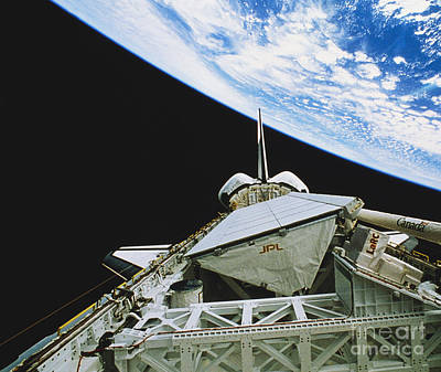 Imaging Radar Photograph - Space Shuttle Endeavour by Science Source