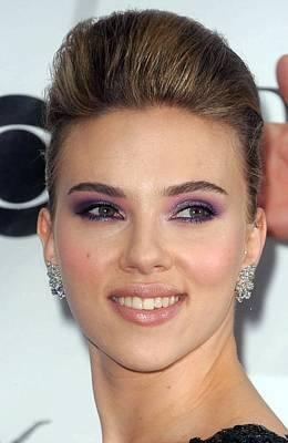 Scarlett Johansson At Arrivals Print by Everett