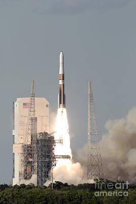 A Delta Iv Rocket Lfits Print by Stocktrek Images