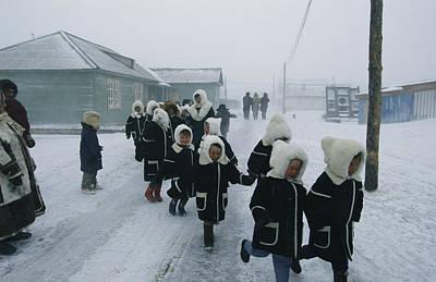 A Group Of School Children Run Print by Maria Stenzel