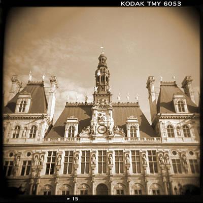 Holga Camera Photograph - A Walk Through Paris 15 by Mike McGlothlen
