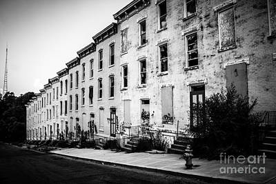 Ohio House Photograph - Abandoned Glencoe-auburn Buildings Cincinnati Ohio by Paul Velgos