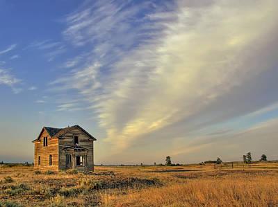 Pioneer Homes Photograph - Abandoned Homestead - Fishtrap Lake - Eastern Washington by Daniel Hagerman