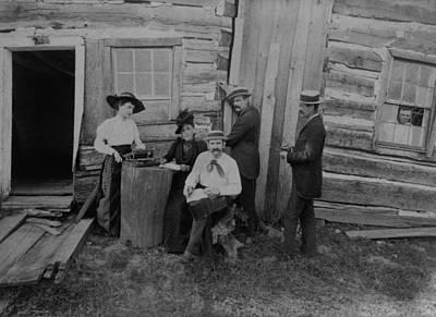 Abraham Lincolns Log Cabin. The Lincoln Print by Everett