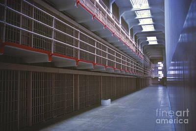 Alcatraz Photograph - Alcatraz Awaits by Paul W Faust -  Impressions of Light
