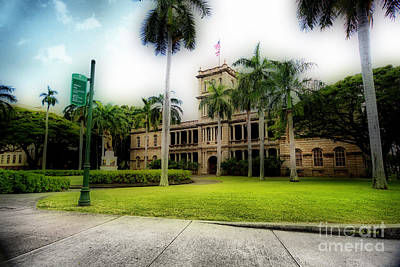 Aliiolani Hale Print by Cheryl Young