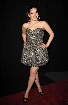 Amc Loews Lincoln Square Theatre Photograph - America Ferrera Wearing A Vintage 1980s by Everett