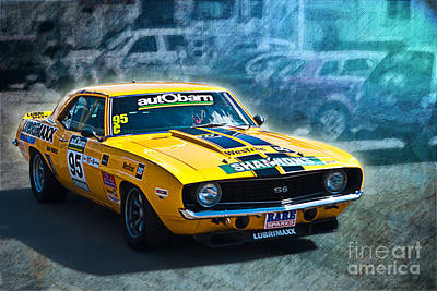 Muscle Car Masters Photograph - Andrew Miedecke Camaro by Stuart Row