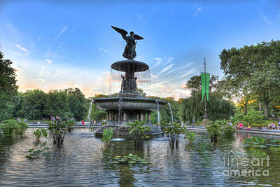 Angel Of The Waters Fountain  Bethesda II Print by Lee Dos Santos