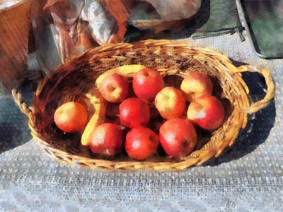 Apples And Bananas In Basket Print by Susan Savad