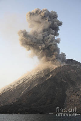 Ash Cloud From Vulcanian Eruption Print by Richard Roscoe