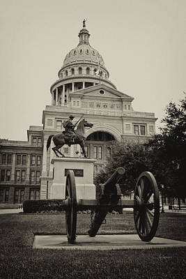 Photograph - Austin Capitol by Lisa  Spencer