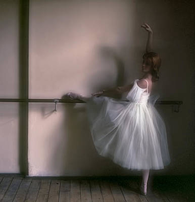Of Edgar Degas Photograph - Ballerina 2. Ballet by Juan Carlos Ferro Duque