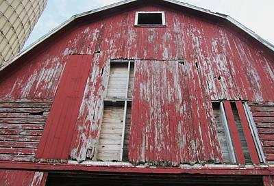 Photograph - Barn-29 by Todd Sherlock