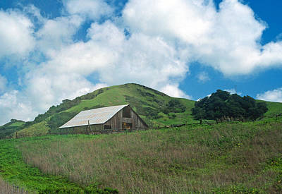 Barn On The Hill Print by Kathy Yates
