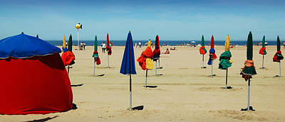 Red Photograph - Beach In Deauville by RicardMN Photography