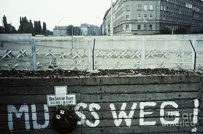 Berlin Wall Print by Bernard Wolff