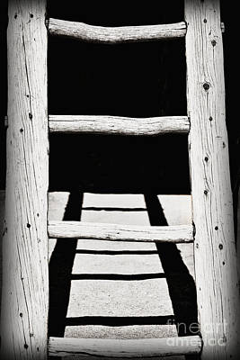 Taos New Mexico Photograph - Black And White Wooden Ladder by Bryan Mullennix