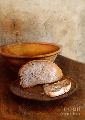 Bread On Rustic Plate And Table Print by Jill Battaglia