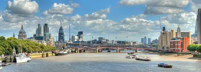 Bridge Over River Thames In London Print by Richard Fairless