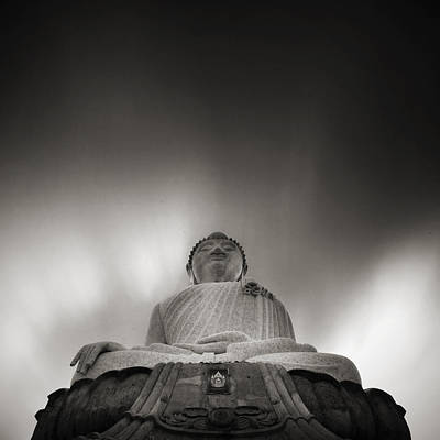 Buddha Statue Original by Teerapat Pattanasoponpong