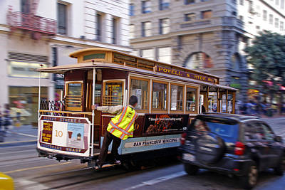 Cable Car Print by Rod Jones