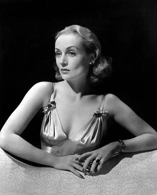 Colbw Photograph - Carole Lombard In Publicity For Vigil by Everett