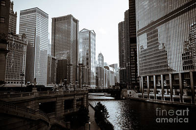 Airlines Photograph - Chicago River Downtown Buildings In Black And White by Paul Velgos
