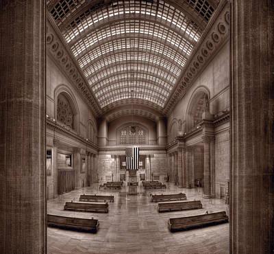 Chicagos Union Station Bw Print by Steve Gadomski