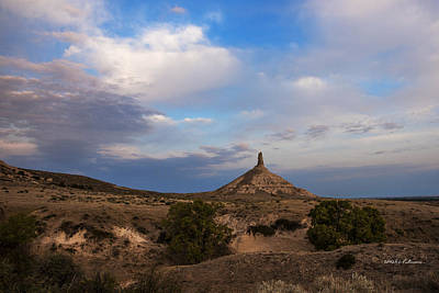 Chimney Rock On The Oregon Trail Print by Edward Peterson