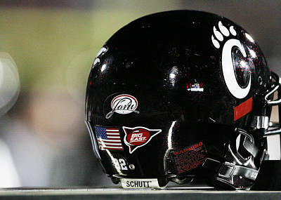 Cincinnati Bearcats Football Helmet Print by University of Cincinnati