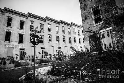 Ohio House Photograph - Cincinnati Glencoe-auburn  Abandoned Buildings by Paul Velgos