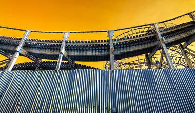 St.kilda Photograph - Cola Roaster by Wayne Sherriff
