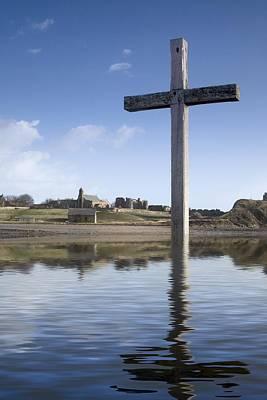 Cross In Water, Bewick, England Print by John Short