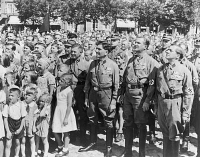 Nazi Party Photograph - Crowd Of Germans Adults And Children by Everett