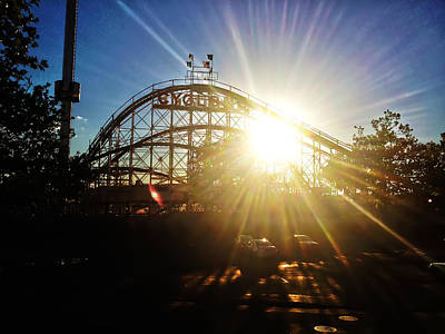 Rollercoaster Photograph - Cyclone Sunburst by Artistic Photos