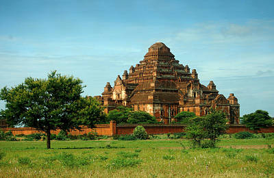 Dhammayangyi Pahto Temple Original by RicardMN Photography