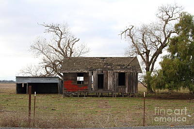 Dilapidated Old Farm House . 7d10341 Print by Wingsdomain Art and Photography